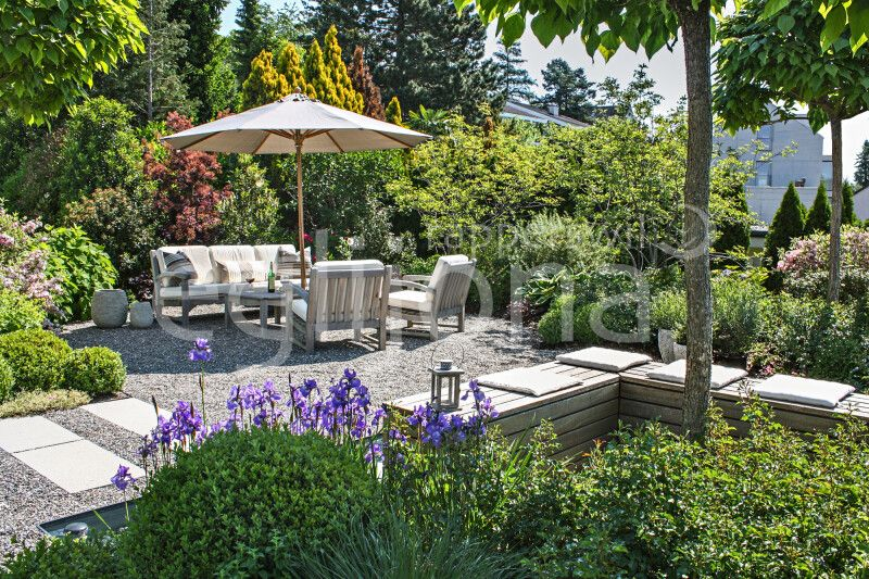Gartensitzplatz mit Kies