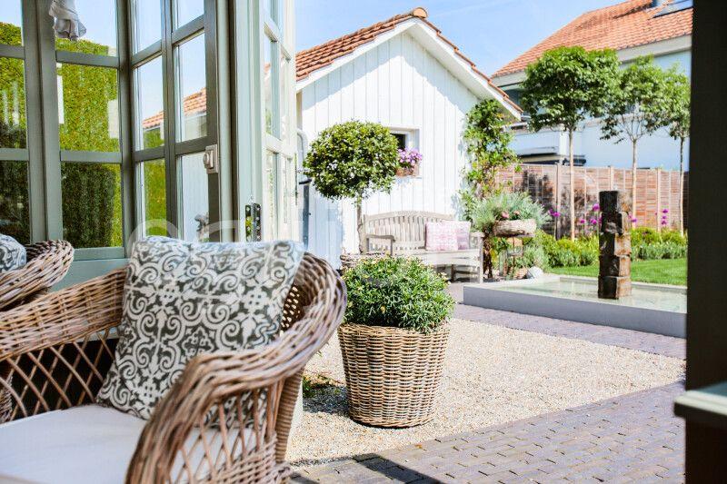 Garten im modernen Landhausstil
