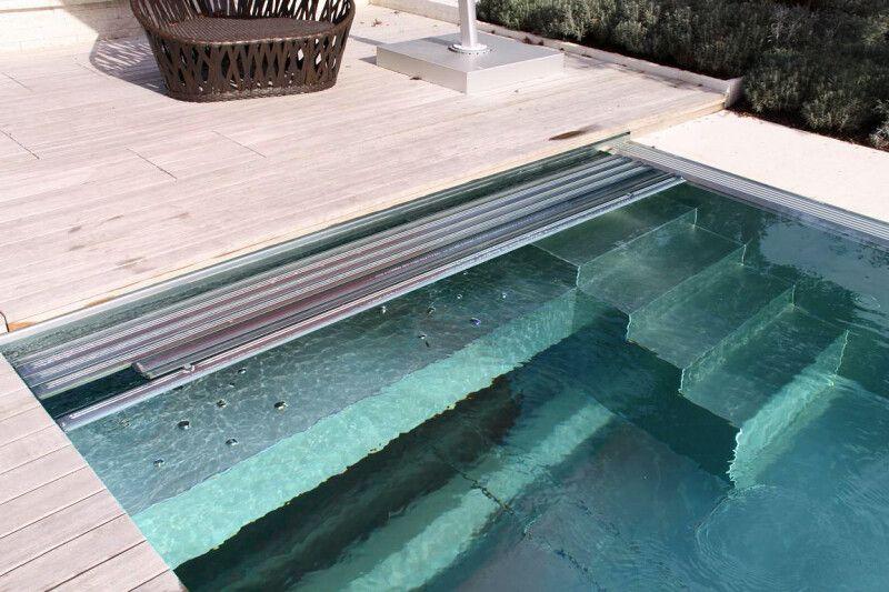 Swimming-Pool mit Edelstahl-Becken