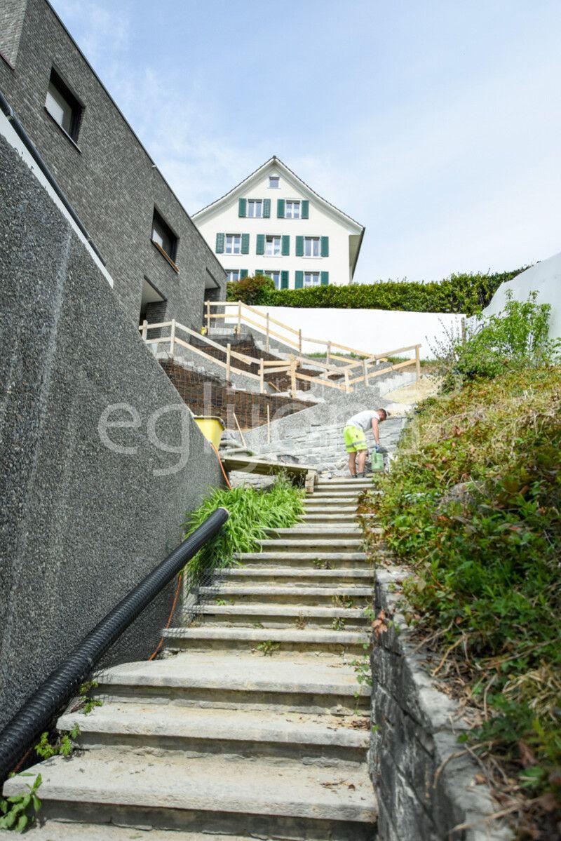 Umgebungsgestaltung MFH an Hanglage, Rapperswil-Jona