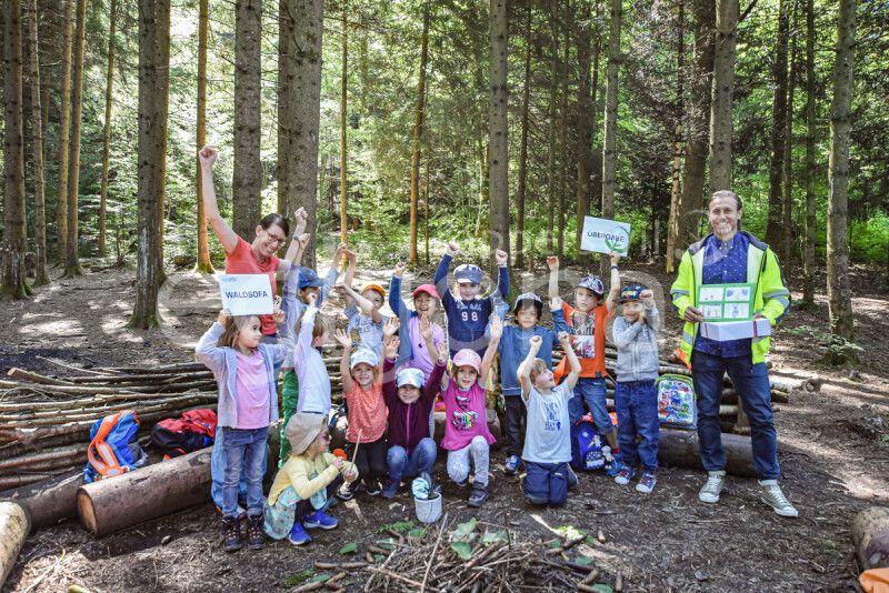 Endlich: Wir durften das Waldsofa offiziell übergeben