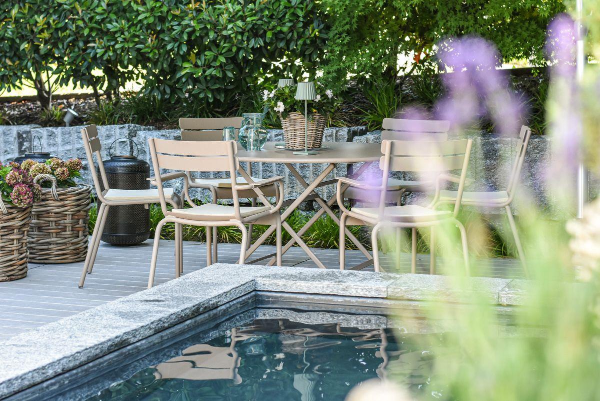 low-terrasse-kleiner-garten-egli-jona-gartenbau-zurich-aug2020-4