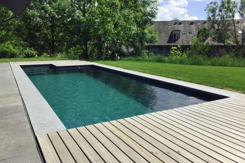 Swimming-Pool mit PP-Fertigbecken